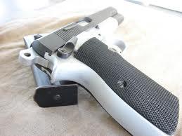 Pistolas browning 9mm en el mundo