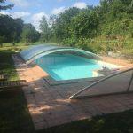 La piscina, una delicia después de venir de cazar.