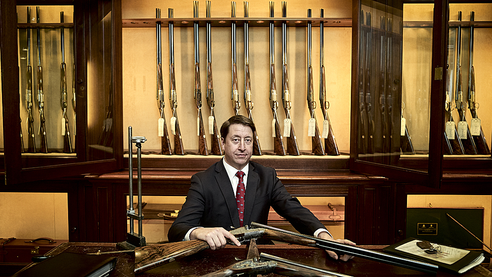 Allan Utermark Holland & Holland London Gun Room