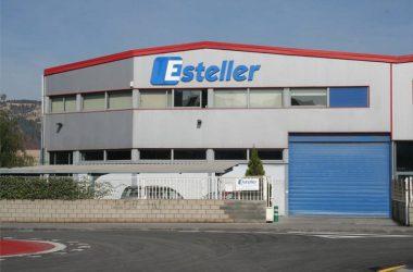 Fotografía de la fachada de la sede de Esteller.