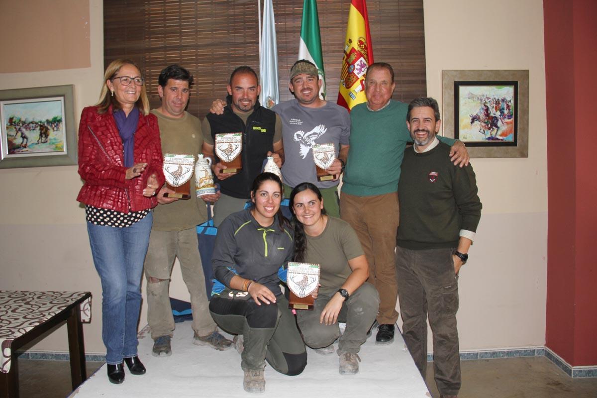podio-premiados-caza-menor-con-perro-andalucia-2016