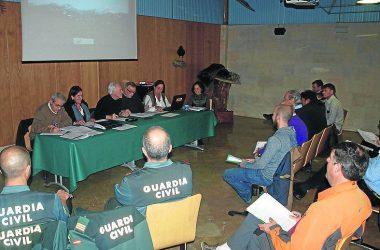 Momento de la reunión de la junta consultiva de Fuentes Carrionas / El Norte
