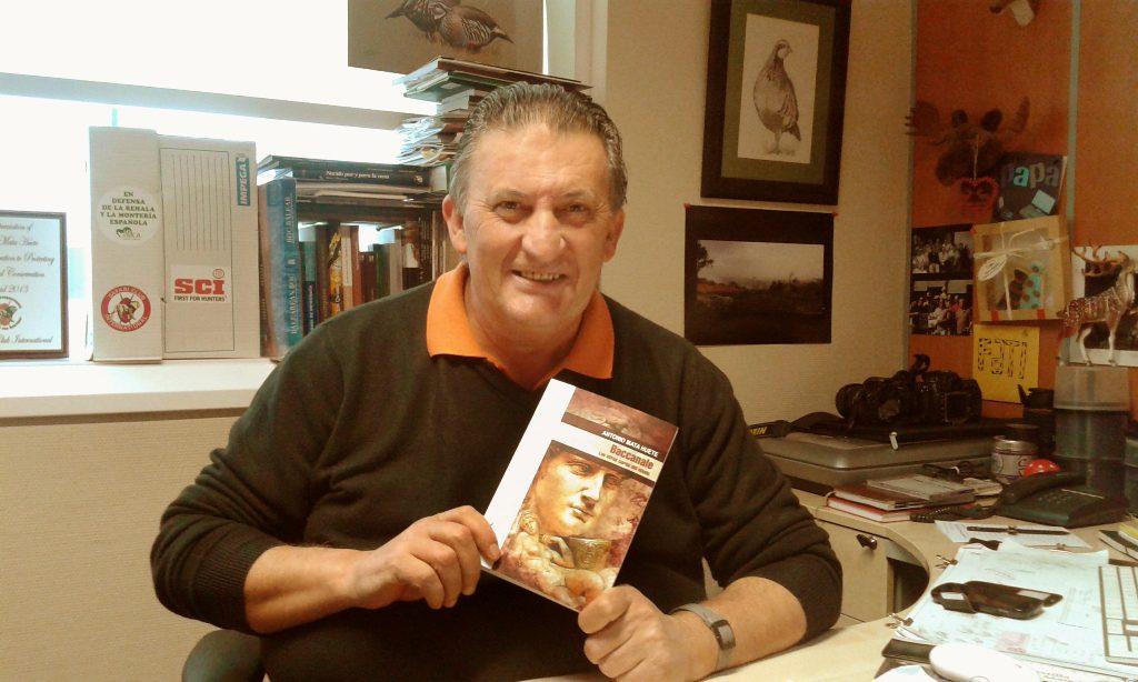 Antonio Mata es director de Caza y Safaris y CazaWonke