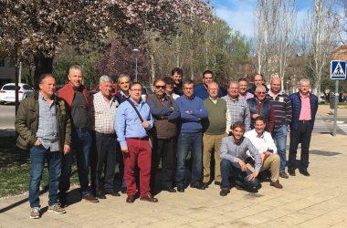 Asistentes a la asamblea anual de la Unión Nacional de Asociaciones de Caza.