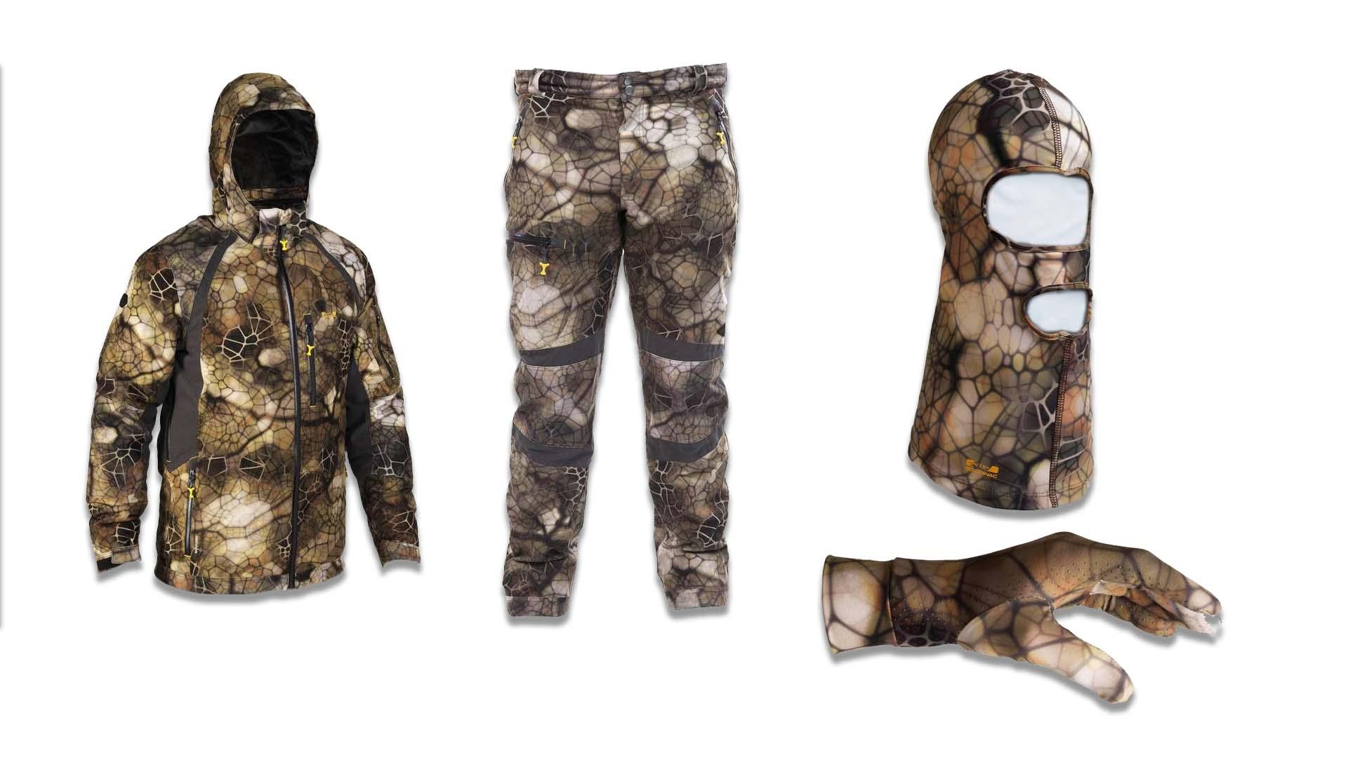 Pantalón y chaqueta impermeable, guantes y pasamontañas de camuflaje 3d de Decathlon para la caza del corzo.