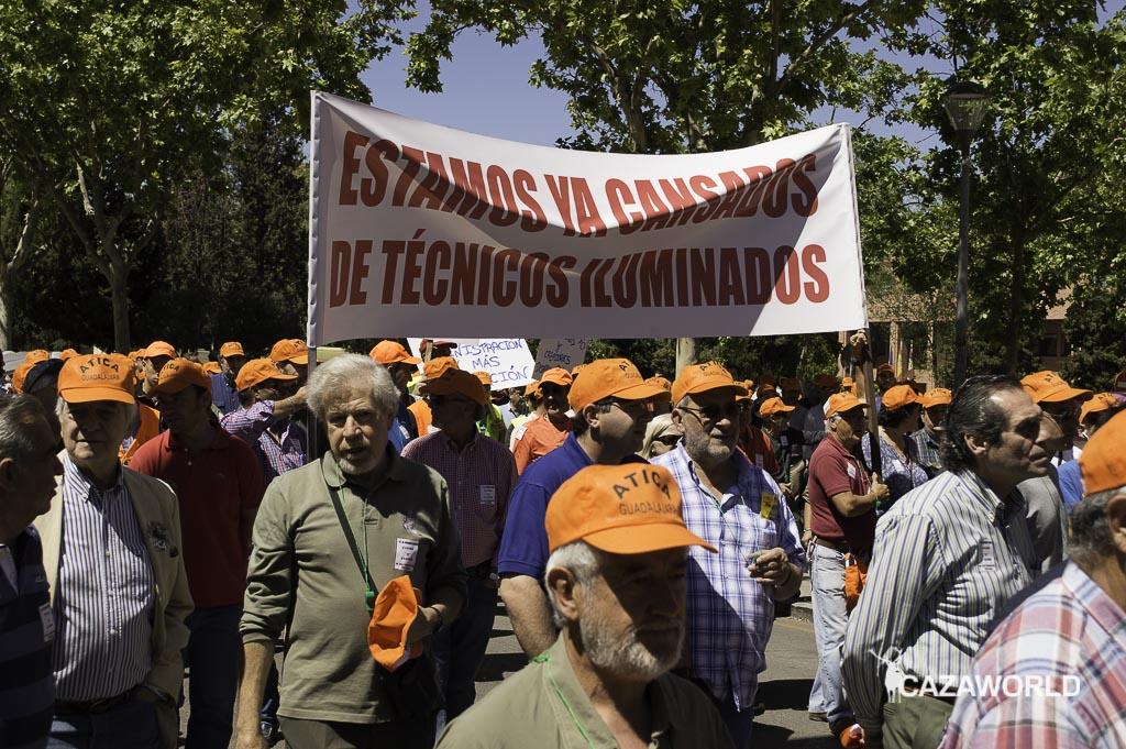 Una de las pancartas mostradas en la manifestación organizada por Atica hoy en Guadalajara.