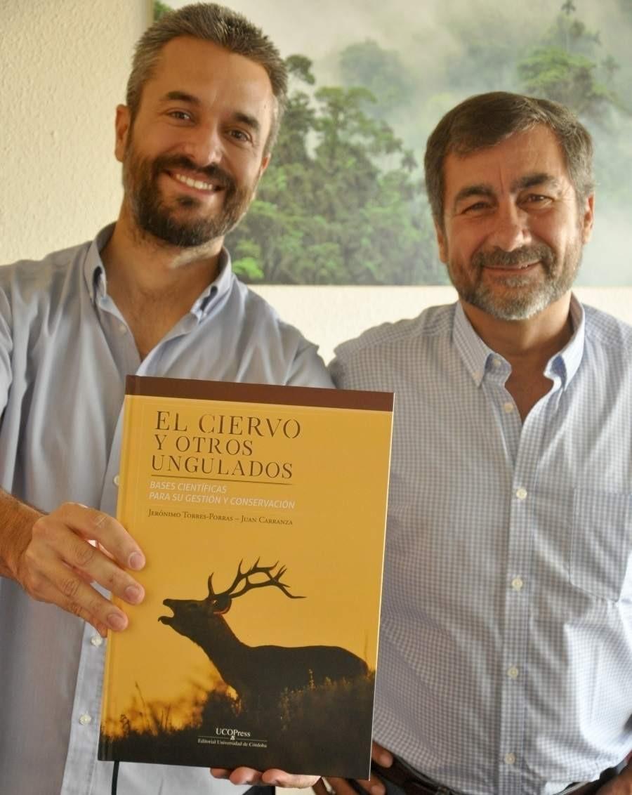 """Autores del libro """"El ciervo y otros ungulados"""""""
