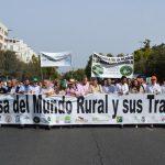 """La cabeza de la manifestación de Córdoba: """"En defensa del mundo rural y sus tradiciones"""""""