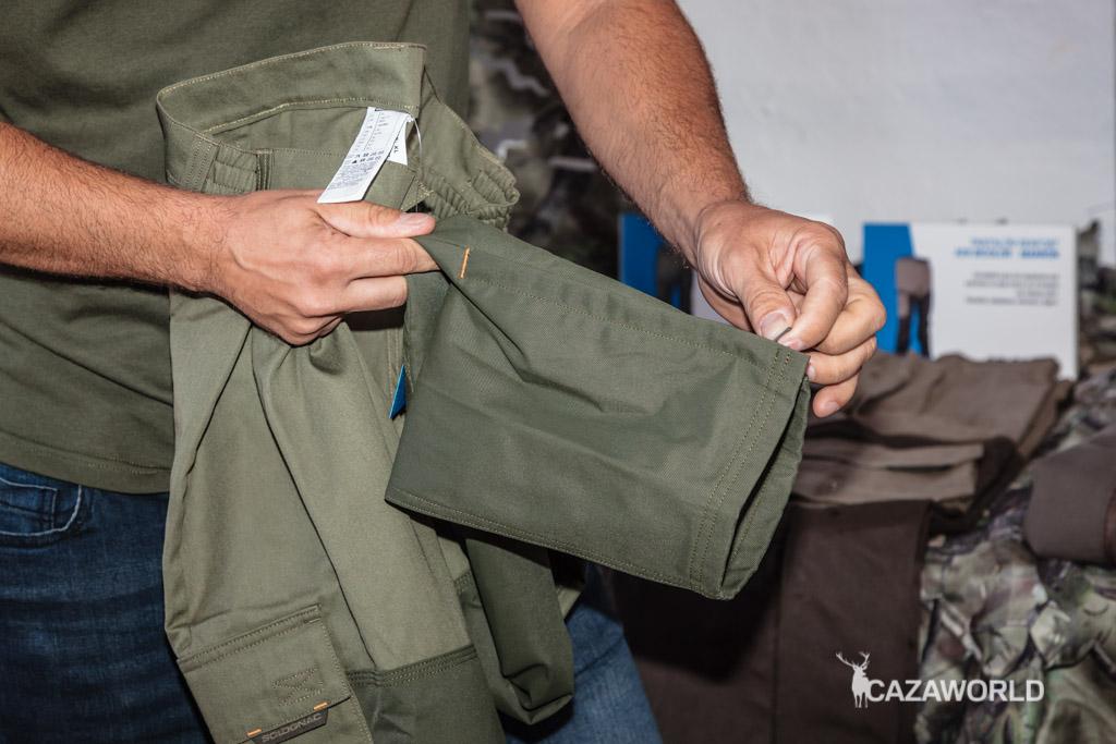 Detalle del refuerzo de los pantalones Solognac / DPS