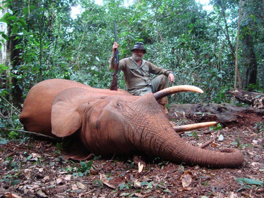 Ignacio Ruiz-Gallardon solo caza animales autóctonos y salvajes 2