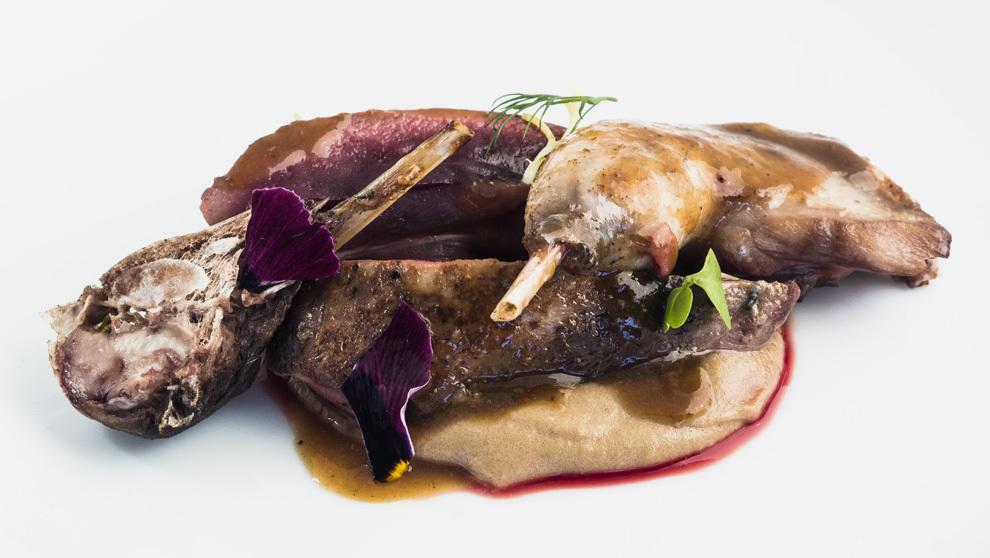 El restaurante Zuberoa cocina una de las mejores becadas del país ...