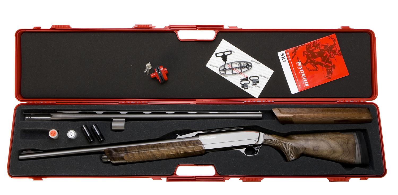 Maletín de ABS de la escopeta semiautomática Winchester SX3 Big Game Combo.