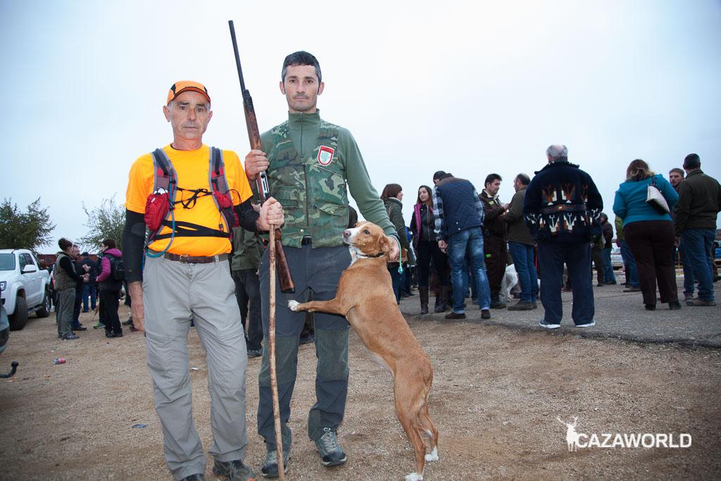 José Félix Fernández con su perro y su juez / Cazaworld
