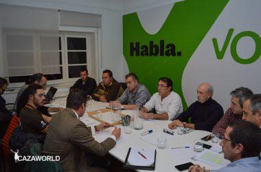 Miembros de VOX, Movimiento por el Mundo Rural, Alianza Rural y Tradición y Futuro se reunen.
