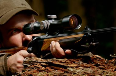 Visor Blaser Inifnity y rifle Blaser R8 rectilíneo.