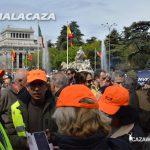 La concentración en defensa de la caza en la plaza de Cibeles.