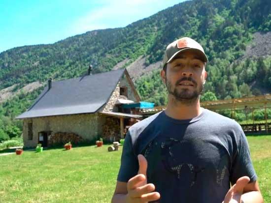 Pedro Ampuero presenta la Hunting Mountain Academy organizada por Kuiu