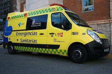 Ambulancia del Servicio de Emergencias Sanitarias de Castilla y León / Sacyl