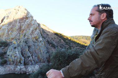 Jose María Gallardo relexionando sobre la prohibición de cazar en Parques Nacionales.