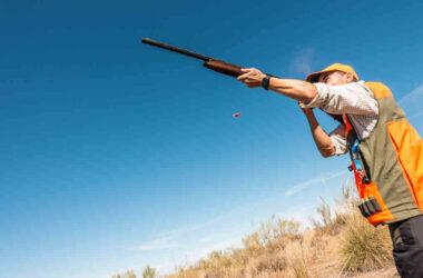 cazador-disparando-a-una-pieza-solognac